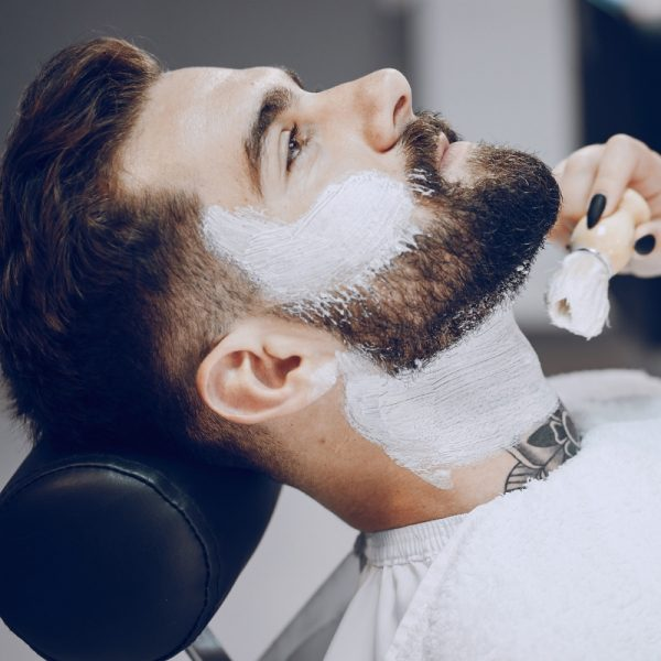 mle-grooming-hot-towel-shave